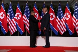 Trump y Kim Jong-un se reúnen en Singapur