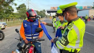 ¡Pilas, motociclistas del Atlántico! Este sábado empieza a regir la nueva normativa para el uso de cascos