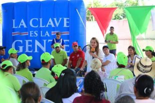 La cárcel del Atlántico no se puede hacer de espalda a la gente: Elsa Noguera