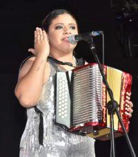 Nataly Patiño es la nueva reina mayor del acordeón